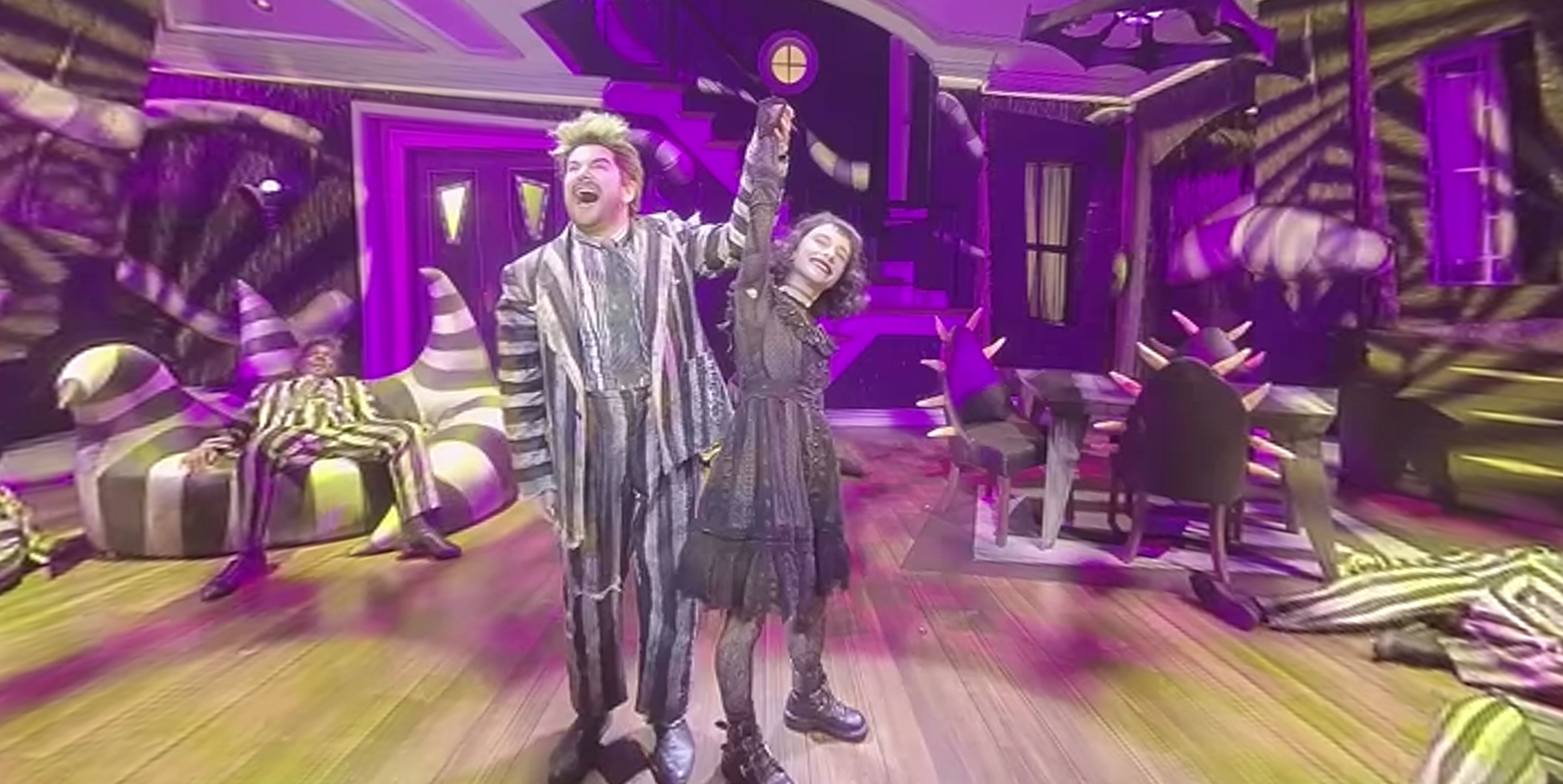 Get A 360 Degree Look At Beetlejuice Show Stopper That Beautiful Sound Playbill