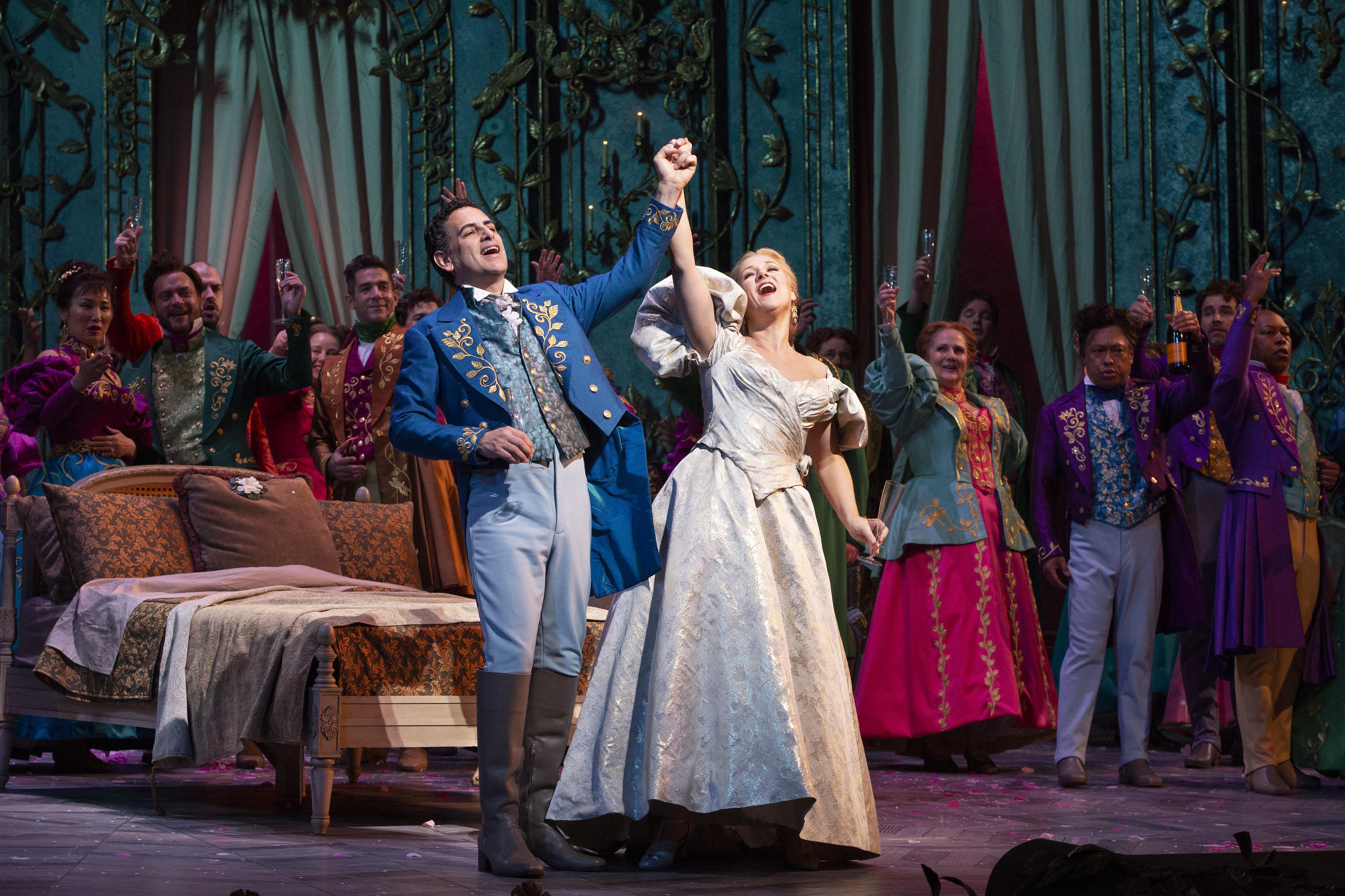Metropolitan Opera, After Shutting Its Doors, Will Offer Free ...